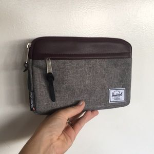HERSCHEL Virgin Atlantic Travel Cosmetic Bag